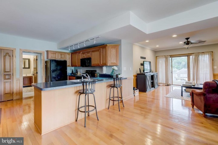 98 POINT SOMERSET LN, SEVERNA PARK, MD 21146