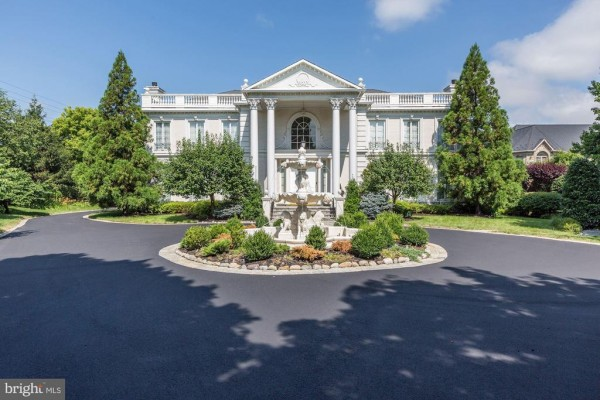 9300 BELLE TERRE WAY, POTOMAC, MD 20854